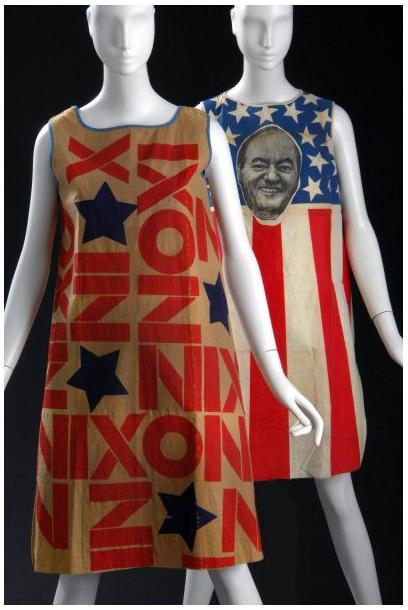 """Vestido exposição """"Fashion & Politics"""""""
